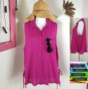 🆕️ Fuchsia button-down summer blouse